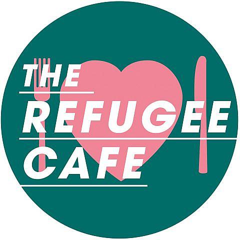 Volunteer with Refugee Café